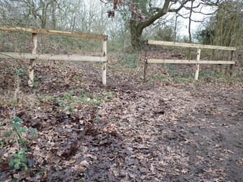 Replacement fencing at Church Farm – Jamie Smith