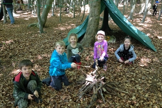 Den building at Family Forest schools