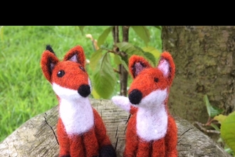 Felted foxes
